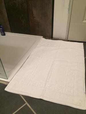 Lot de 2 Tapis de bain Eponge 50x80 Blanc - 5577 / 5677