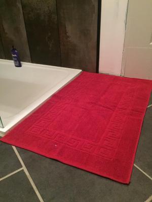 Lot de 2 Tapis de bain Eponge 50x80 Cerise - 5678